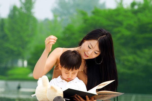 哈佛大学教授:父母常给孩子讲这7句话,长大必有出息!