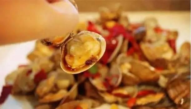 吃货们~如果你在秦皇岛,请不要错过每一条小吃街!